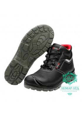 Рабочие ботинки с водоотталкивающим эффектом RRHINO